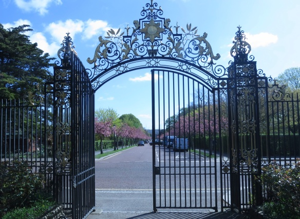 Jubilee Gates, Regents park London